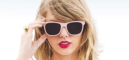 09.22.15-Taylor-Swift-v2-427x200.jpg